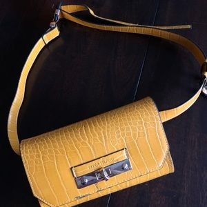 River Island Quilted Belt Bag Brand New + tags 💛